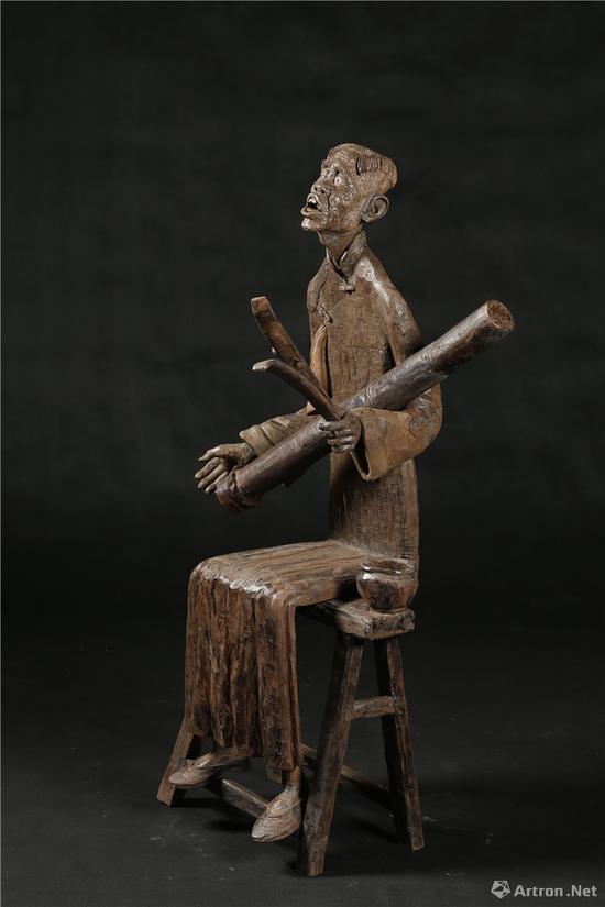 《古蜀遗韵》 雕塑 乌木 50×48×135 60×47×20 2012年