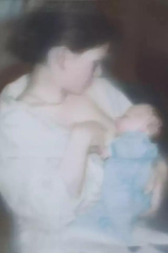 """格哈德・里希特""""照片绘画"""" 《S。和孩子》1995"""