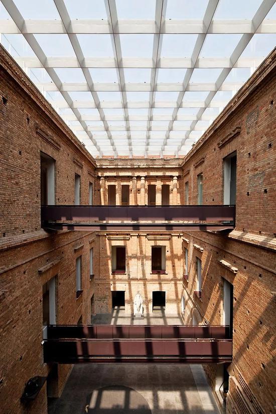 圣保羅州立美術館,1993年