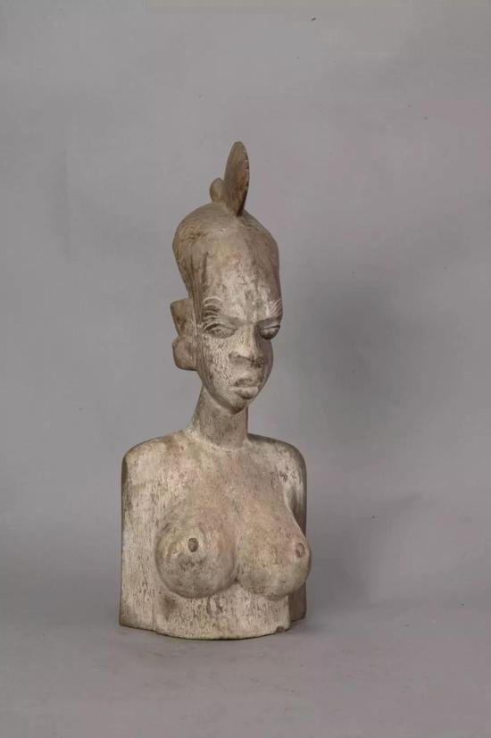 人像 佚名(科特迪瓦) 年代不详 40×16.4×15.2cm