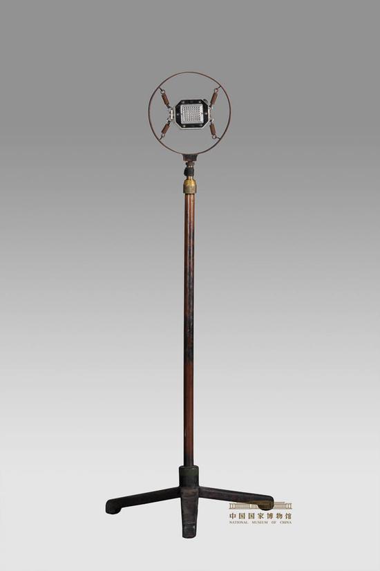 毛泽东在开国大典上使用的话筒