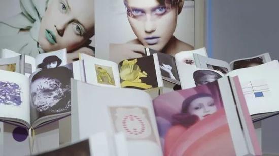 Dior《色彩的艺术》2017年韩国首尔展览现场