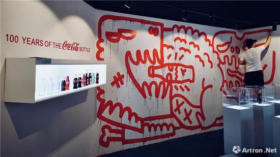艺术家王晨睿(1991年)与可口可乐品牌展开的合作