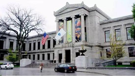 以收藏家凡诺罗萨的捐赠奠定的波士顿艺术博物馆