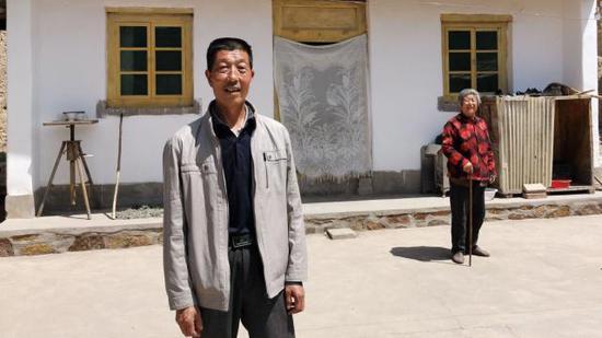 村民靳茂林。新京报记者 王巍 摄