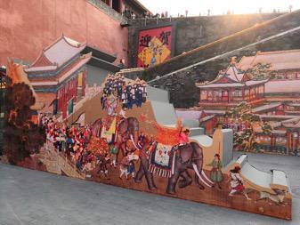 """正在故宫午门和东西雁翅楼举行的""""贺岁迎祥——紫禁城里过大年""""展览。"""
