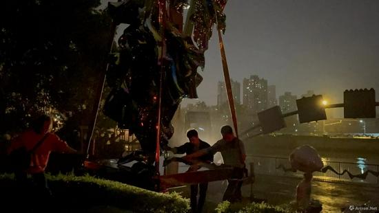 国际著名雕塑家高孝午《再生》系列作品落地苏州河畔