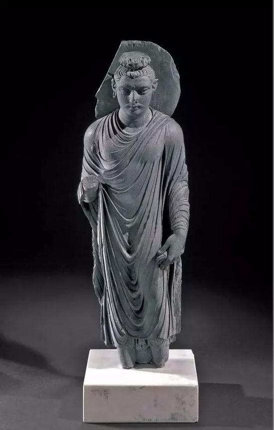 犍陀罗立式佛像,大英博物馆藏,公元2-3世纪