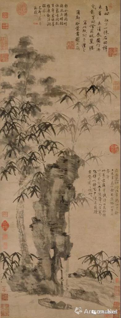 ■ 倪瓒《梧竹秀石图》纸本墨笔 96×36.5cm 北京故宫博物院藏