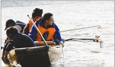 江口沉银考古水面探测现场。资料图片