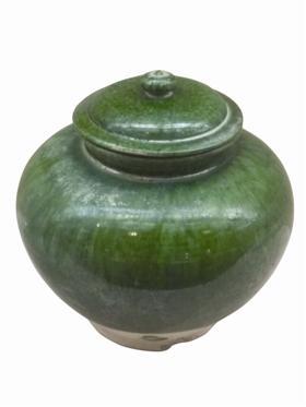 艳美中又不失朴质,处处显示大唐气韵的巩义窑绿釉盖罐