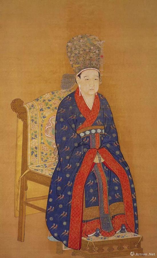 《宋宁宗后坐像》 絹本设色轴160.3x112.8公分,现藏台北故宫博物院
