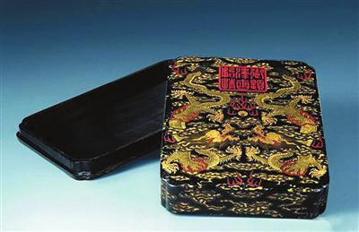 铜墨盒:从最后的文玩到文房收藏新秀