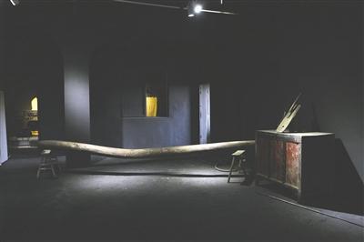 杨波收藏的清代房梁