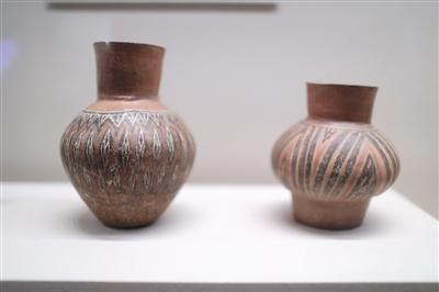 焦家遗址中出土的彩绘陶,既是生活实用器也是墓葬内随葬品的组成部分