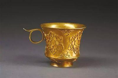 金筐宝钿团花纹金杯