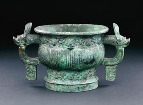 中国西周康侯簋。青铜簋,发现于中国西部,约公元前1100年至公元前1000年