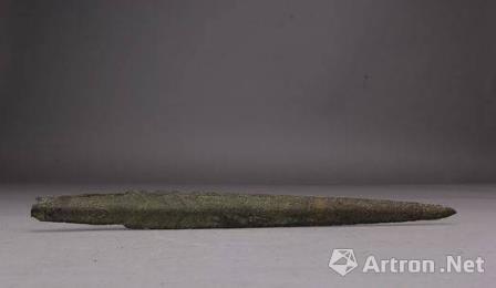 战国柳叶形铜剑