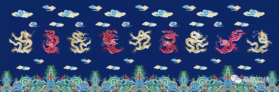 作品《鸳鸯荷合》由五彩鸳鸯与象征合美吉祥的荷花组成,丝线色彩唯美,具有浓郁的中国味道