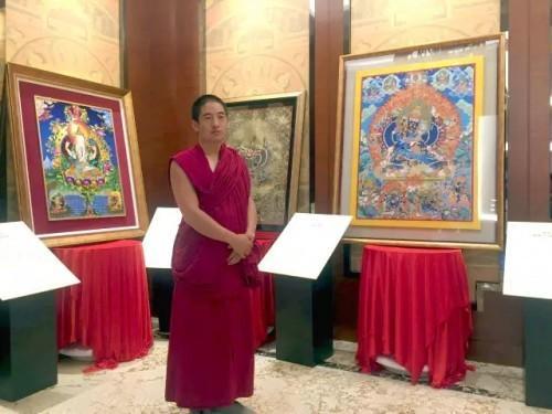 2015年9月,参加了第二届中国热贡唐卡绘制大赛,在本届大赛中荣获甲组一等奖。