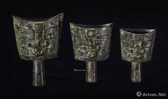 NO.49商晚期 青铜饕餮纹铙 (一组三枚)