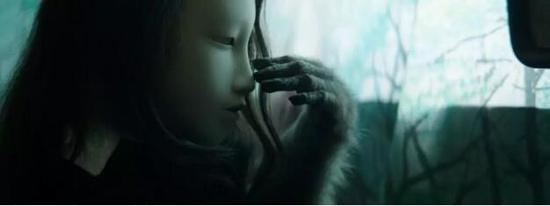 ▲ 皮埃尔·于热,《人形面具》,视频作品,2014年