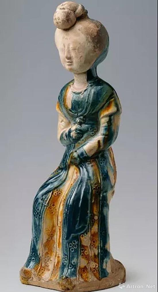 三彩釉陶女坐俑,中国国家博物馆藏