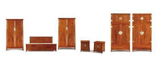 《天下第一黄》 二十三件成套家具出自同一棵黄花梨原木