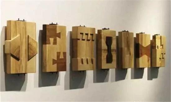 傅中望 《十种关系》 木  每件 42×30×6cm 2014