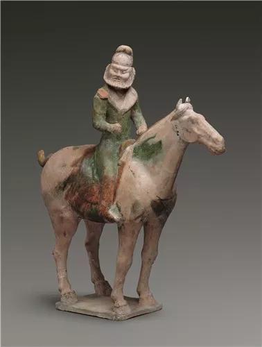 唐代·三彩胡人骑马俑,甘肃省博物馆藏