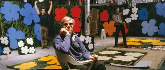 安迪-沃霍尔在其纽约工作室,1964年
