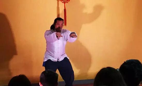 国国际天行武道涂远见老师带队的太极功夫拳