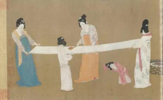 (图三)捣练图 宋徽宗摹本 绢本设色 手卷,高37 厘米,宽145.3 厘米 美国波士顿美术馆藏