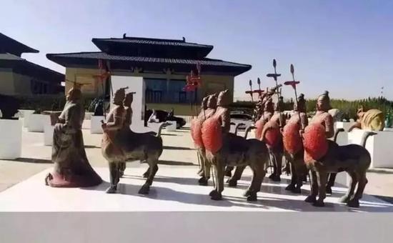 雷兴福《梦幻秦俑》