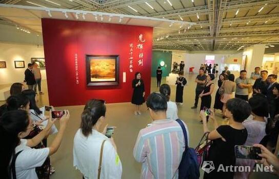 2018年9月,中国嘉德秋拍北京预展现场 图片来源:视觉中国