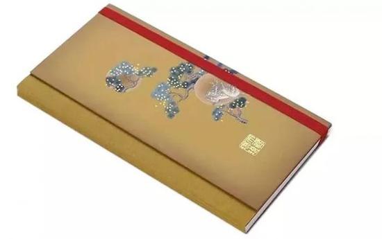 故宫博物院推出的取形宫廷御批奏折笔记本