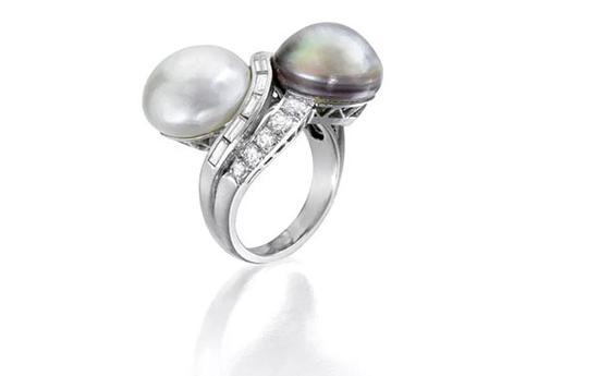 """天然珍珠配钻石 """"Toi et Moi"""" 戒指"""
