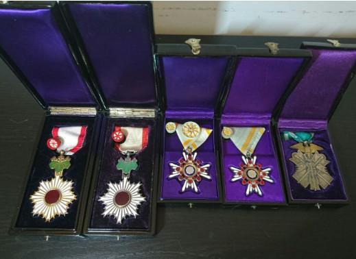藏友收藏的军功章,是军人的荣耀,不可能卖的!