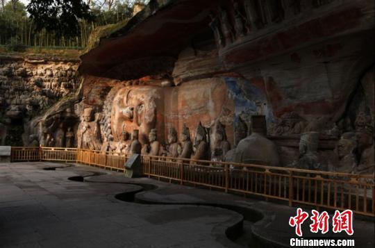 重庆大足区举办一百场大足石刻展览