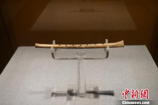贾湖遗址所在地河南漯河首次发行《贾湖遗址》邮票