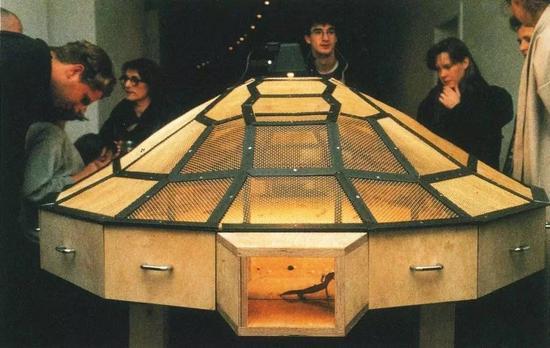 黄永砅的《世界剧场》。图片:courtesy of the Guggenheim