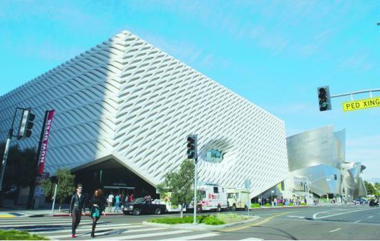 """伊莱·布罗德出资建立的""""The Broad艺术博物馆"""""""