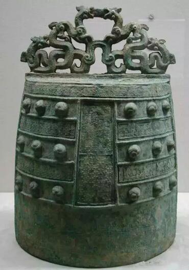 战国时期 公元前5世纪 蟠螭纹镈