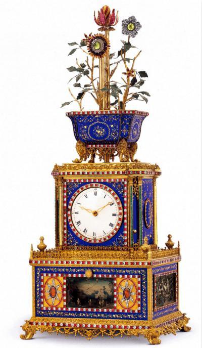 清乾隆 鎏金铜镶嵌珐琅料石转花花盆顶水法音乐钟