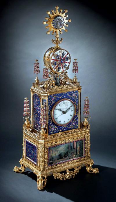 清乾隆 御制铜鎏金珐琅嵌宝石、白料石西洋式座钟