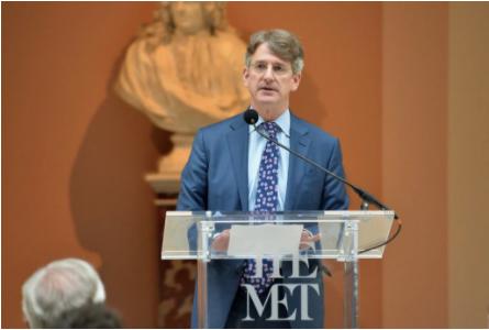 2016年,托马斯・坎贝尔在大都会讲话。图片:Photo by Lucas Jackson �CPool/Getty Images
