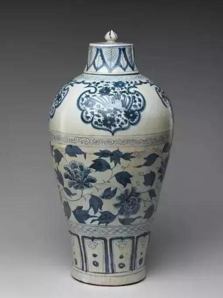 元青花缠支花卉带盖梅瓶 高44.5cm