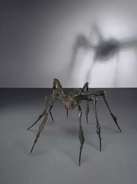 刘善斯-布匹尔乔亚 (1911-2010)   《蜘蛛之叁》   铜   48.3 x 88.9 x 95.3 cm。   1995年干 此干为单壹件   估价:英镑 4,000,000 - 6,000,000