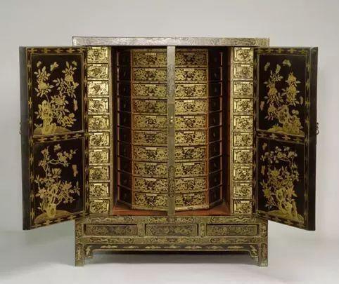 黑漆描金双龙纹药柜 高94.5cm,宽78.8cm,纵57cm