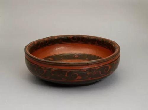 盘匜沃盥。来源:湖南省博物馆